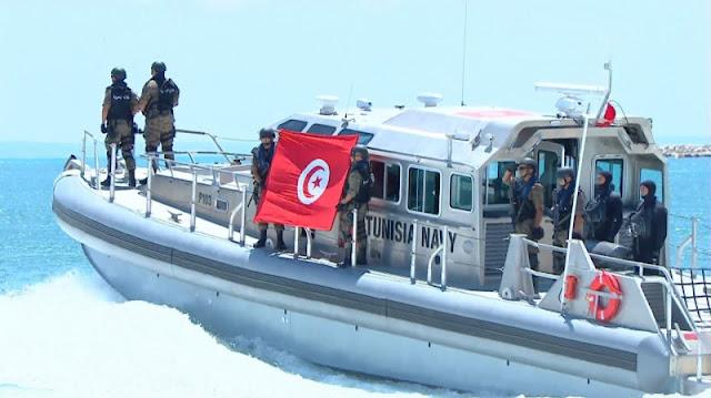 المهدية : انقاذ 17 تونسيا كانوا على وشك الغرق عرض سواحل الشابة في محاولة لهجرة سرية