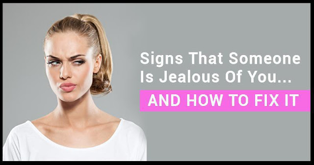 7 Subtle Signs That A Person Is Jealous of You