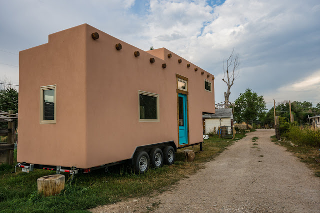 Tiny house town a 250 sq ft southwest abode for Southwest home builders