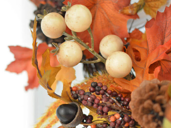 Easy No Brainer Recycled Fall Wreath Idea