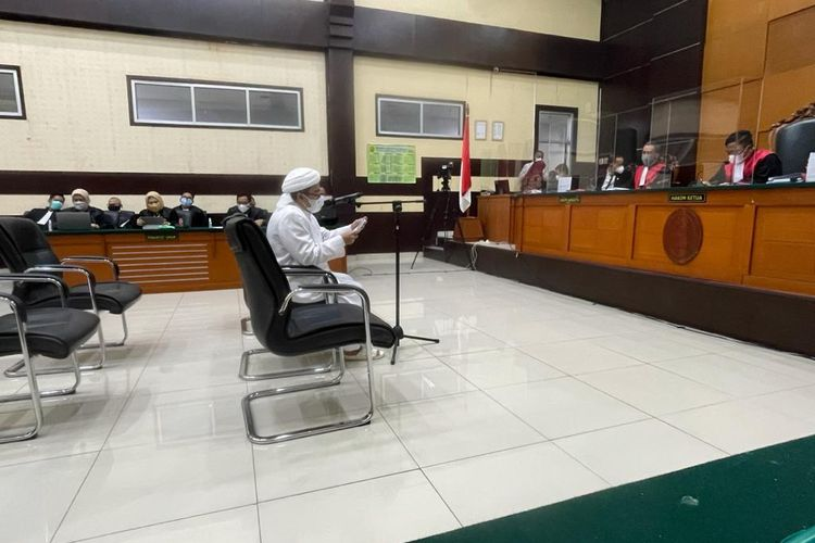 Bantah Pernah Lakukan Tindak Pidana, HRS: Jaksa Ngarang Cerita Bohong!