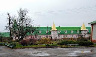 Густиня. Свято-Троїцький монастир. Келії