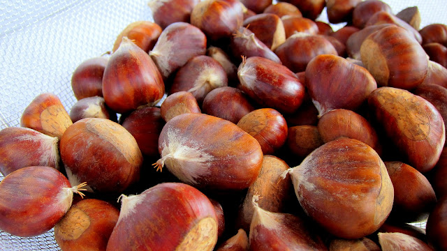 how to cook chestnuts so they peel easily
