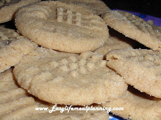 Quick & Easy Peanut Butter Cookies no flour, no mixer - Easy Life Meal & Party Planning