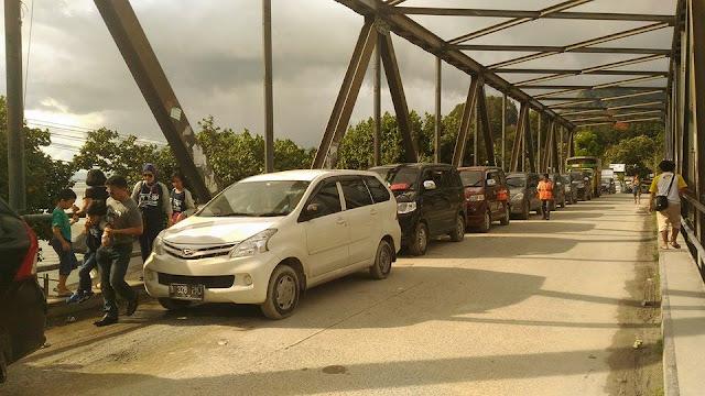Wisatawan dimintai Rp. 100.000,- Untuk Masuk Wisata Danau Toba - Di Pelabuhan Ferry Ajibata.