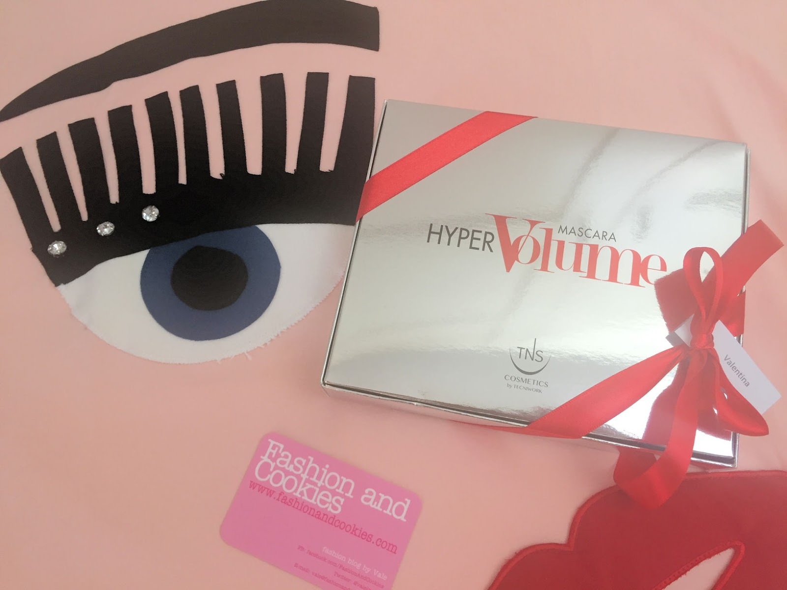 HyperVolume mascara by TNS Cosmetics on Fashion and Cookies beauty blog, beauty blogger