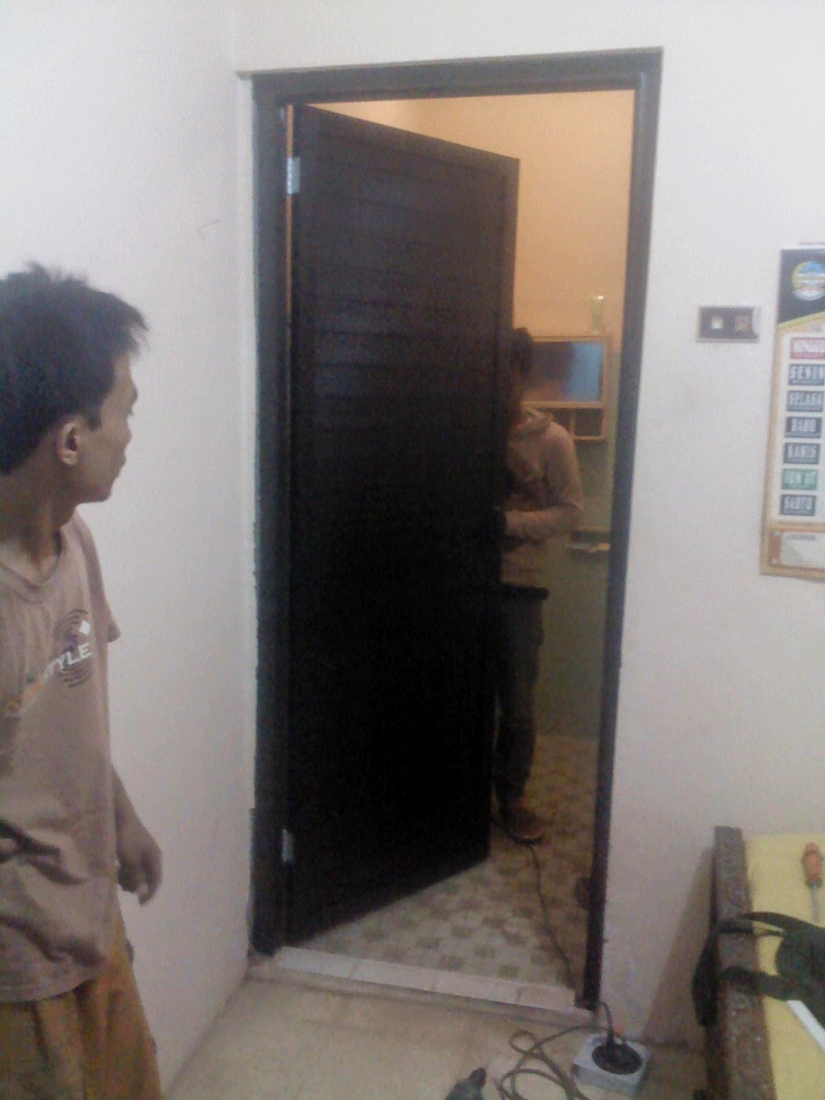 pintu-kamar-mandi-aluminium