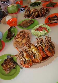 udang galah dan kepiting soka khas rm rilex tanjung pura