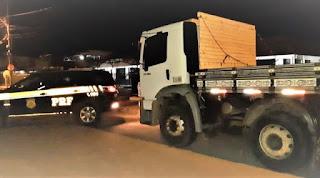 Caminhão roubado em Barreiras