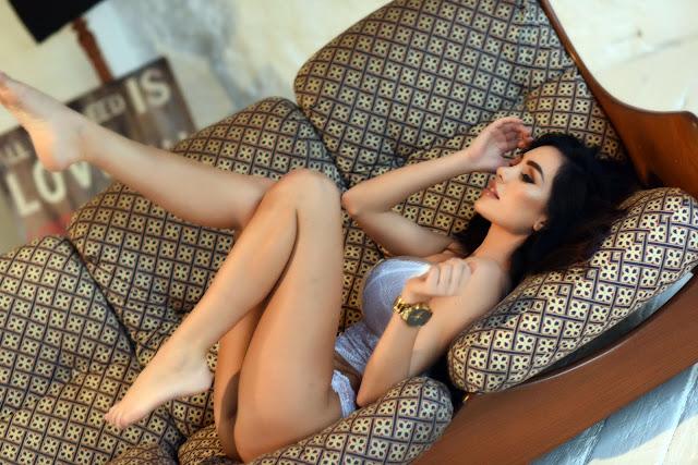 Ann Denise White Lingerie sexy curvy pose hot
