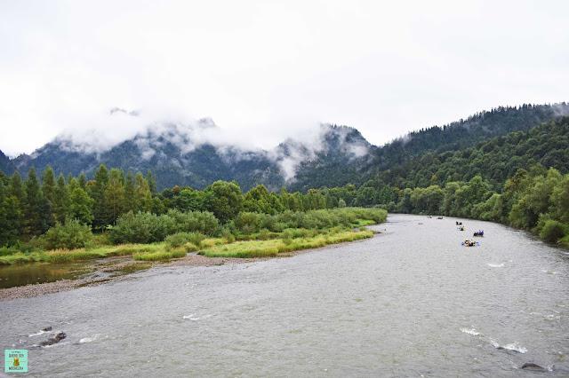 Río Dunajec en Parque Nacional de Pieniny, Polonia