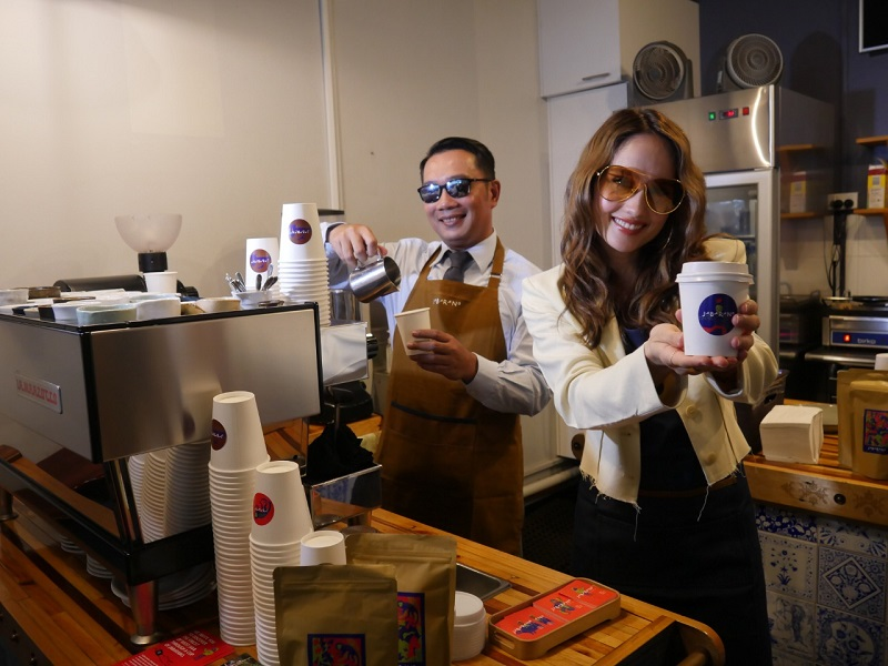 Angkat Kopi Jabar di Pentas Dunia, Ridwan Kamil Hadirkan Jabarano Cafe Pertama di Australia
