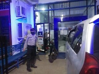 Untuk Menjaga Situasi Kamtibmas, Polsek Maiwa Polres Enrekang Melaksanakan Patroli Blue Light