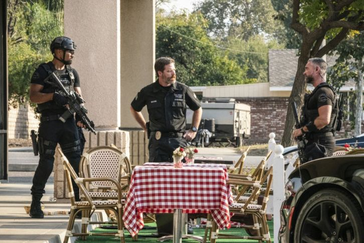 S.W.A.T. - Episode 4.05 - Fracture - Press Release, Promotional Photos + Promo