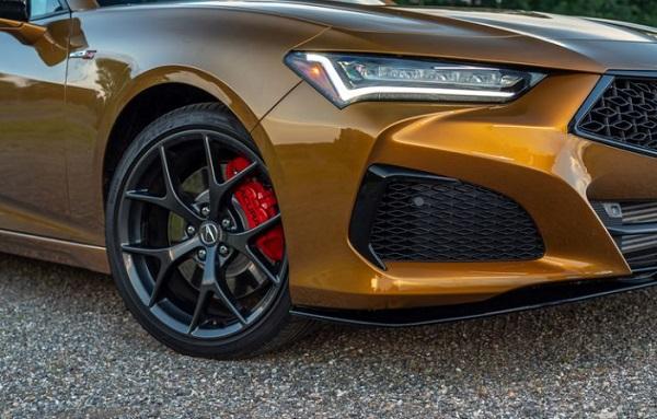 Desain Ban dan muka depan Acura TLX Type S