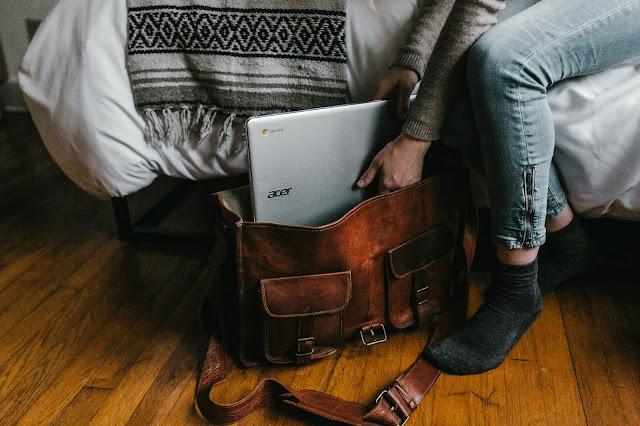 7 Hal Sepele yang Harus Dihindari agar Laptop Tetap Awet