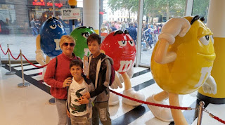 M&M's World, en una esquina de Leicester Square, Londres.