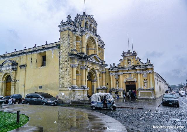 Tuc-tuc, meio de transporte popular em Antigua Guatemala