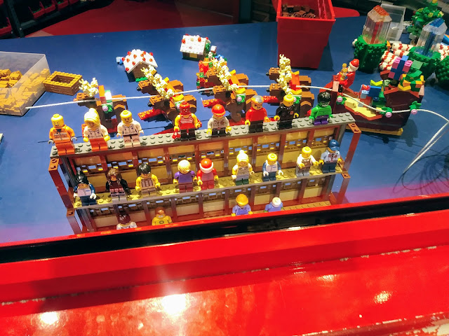 LEGOLAND Discovery Center Columbus - Mini figures