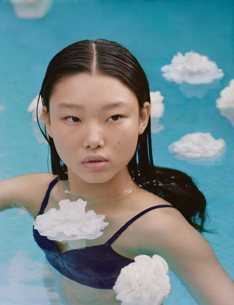 Model Yoon Young Bae appears in Chanel Hydra Beauty 2020 campaign.