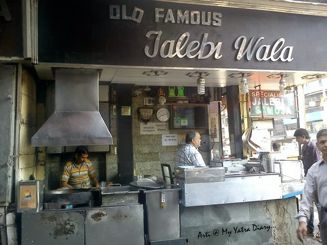 Old famous Jalebiwala, Chandni Chawk street food, Delhi