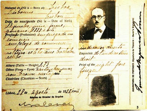 A histria do bilhete de identidade portugal glorioso como eram os primeiros cartes eram maiores e mais detalhados do que os actuais tinham informaes sobre sinais cor da barba cabelo olhos e pele fandeluxe Choice Image