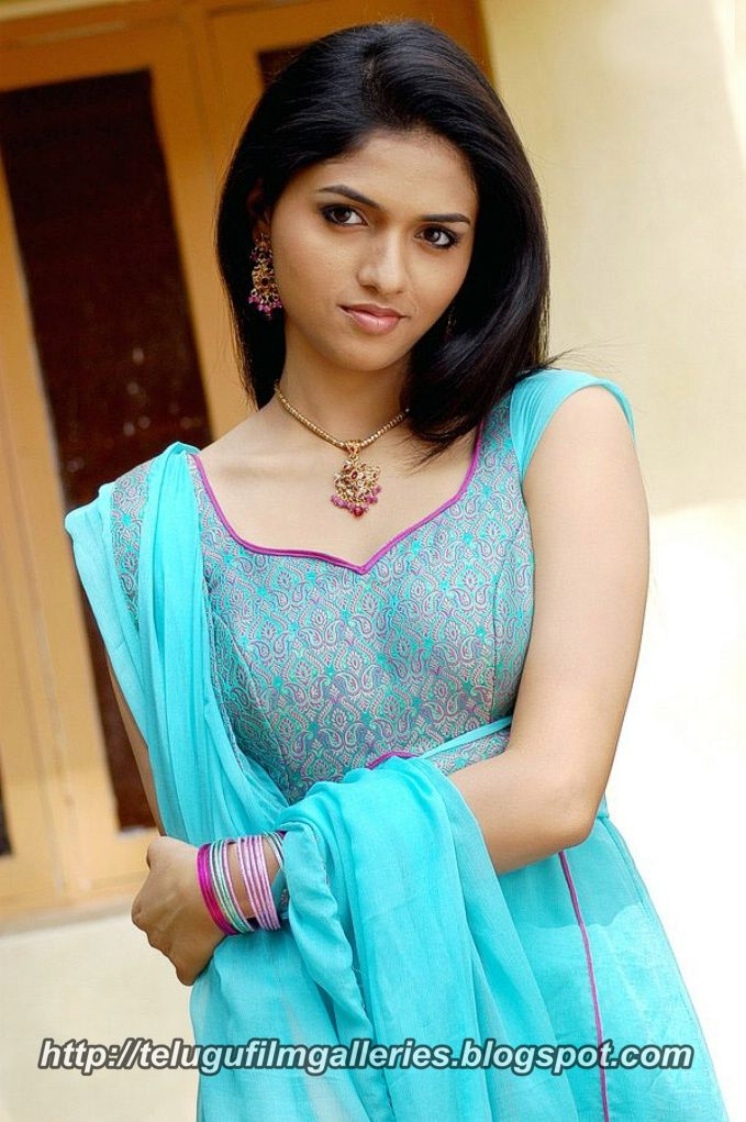 Beautiful Indian Girls: Telugu Film Galleries: Beautiful Indian Girls