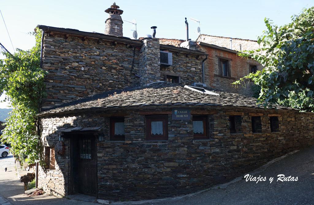 Pueblos negros de Guadalajara, Valverde de los Arroyos