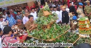 Tradisi Kirab Ampyang di Kudus merupakan salah satu tradisi unik di Indonesia yang dilakukan untuk menyambut maulid nabi