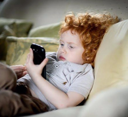 Keep your children away from smartphones