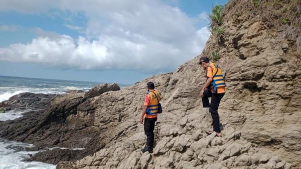 Anggota Polri Hilang di Pantai Gunungkidul