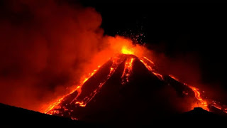Etna's eruptions attract thousands of visitors for their spectacular nighttime views