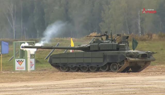 Tank Nga bắn trượt