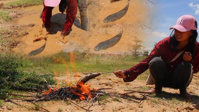 Girls catch big fish in the fields, Fishing skill - Primitive Farmer