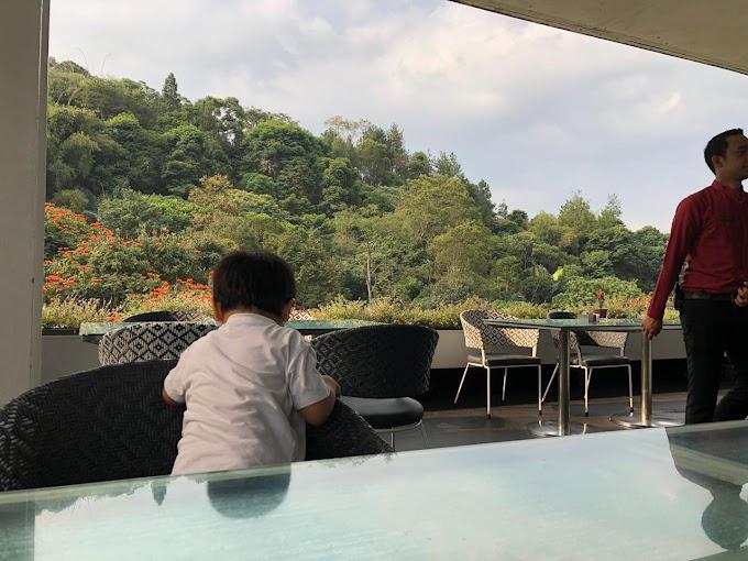 Staycation di Hotel Padma, Bandung