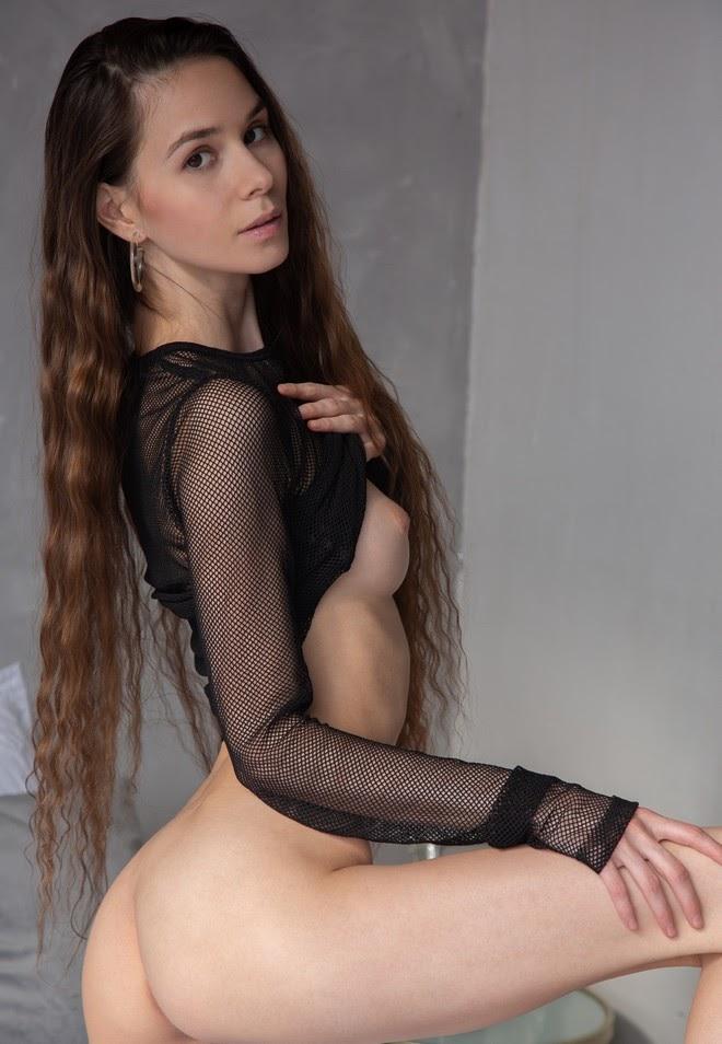 1621333756_038 Leona Mia - Bedroom Heater