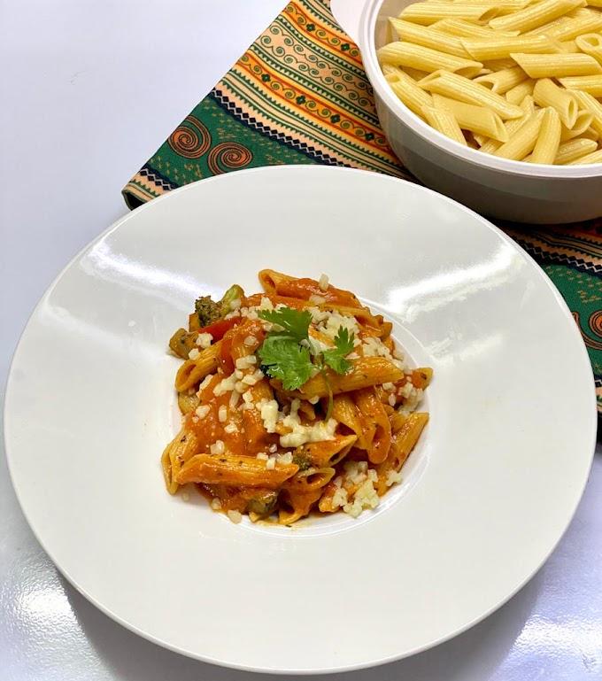 Cheesy Tomato and Basil Pasta 🍝
