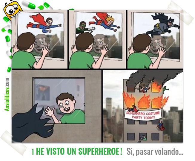 Chiste de Superheroes: Verlos Volando