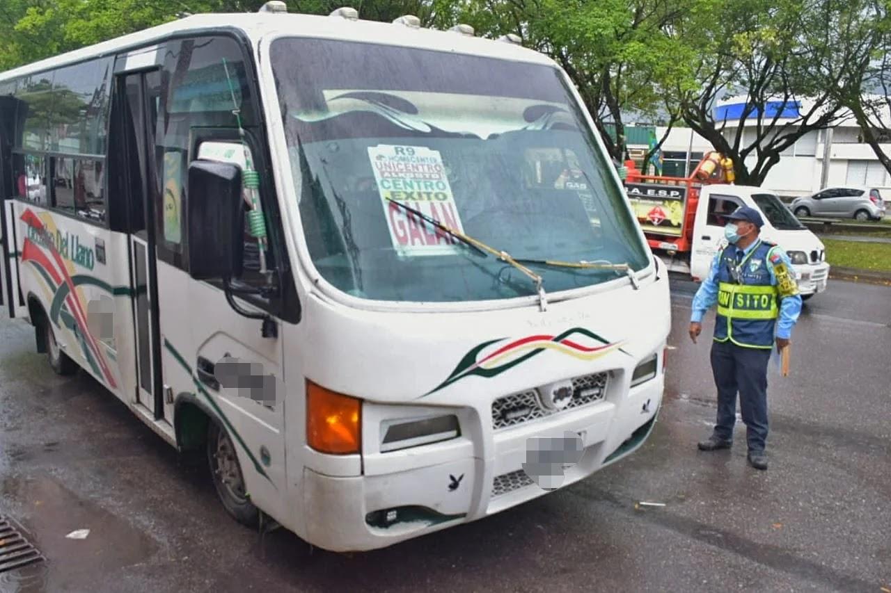 la Secretaría de Movilidad de Villavicencio sancionó a 18 conductores de transporte público colectivo por incumplir las medidas de bioseguridad establecidas por el Gobierno nacional