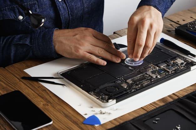 كيفية الحفاظ على بطارية جهاز حاسوبك