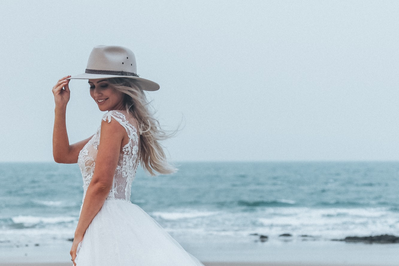 STYLED: PASTELS + FLORALS   BRIDAL INSPIRATION SHOOT TANNUM SANDS QLD