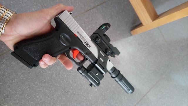 Súng lục Glock bắn đạn thạch_2
