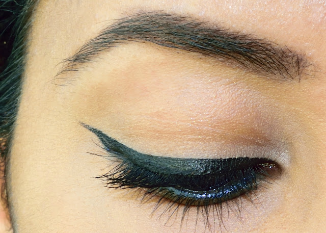 Filled In Brows with MAC Espresso - My Everyday Eyebrow Routine
