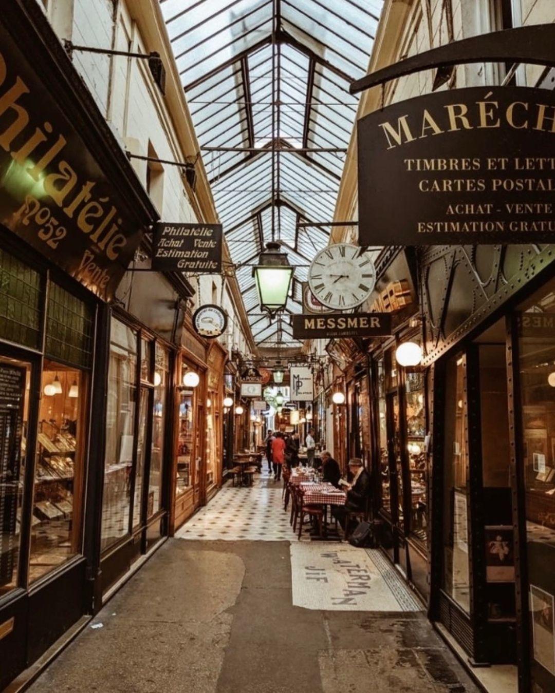 Passage des Panoramas jalan indah di Paris