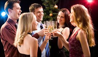 Saat pesta formal di malam hari