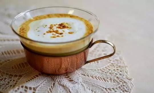 Health Benefits of having Turmeric Milk Everyday, Get Rid Of 6 Diseases