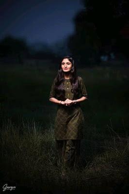 Famous Singer Geeta Rabari Hd Wallpaper