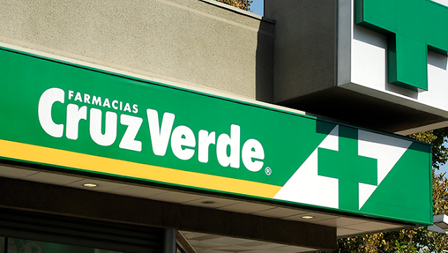 Superindustria sanciona a Cruz Verde por vender por encima de los precios fijados
