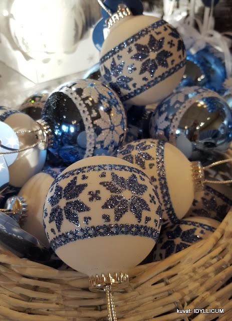 sinivalkoiset suomi100v joulukoristeet