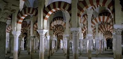 http://www.rtve.es/alacarta/videos/memoria-de-espana/memoria-espana-islam-resistencia-cristiana/3204339/